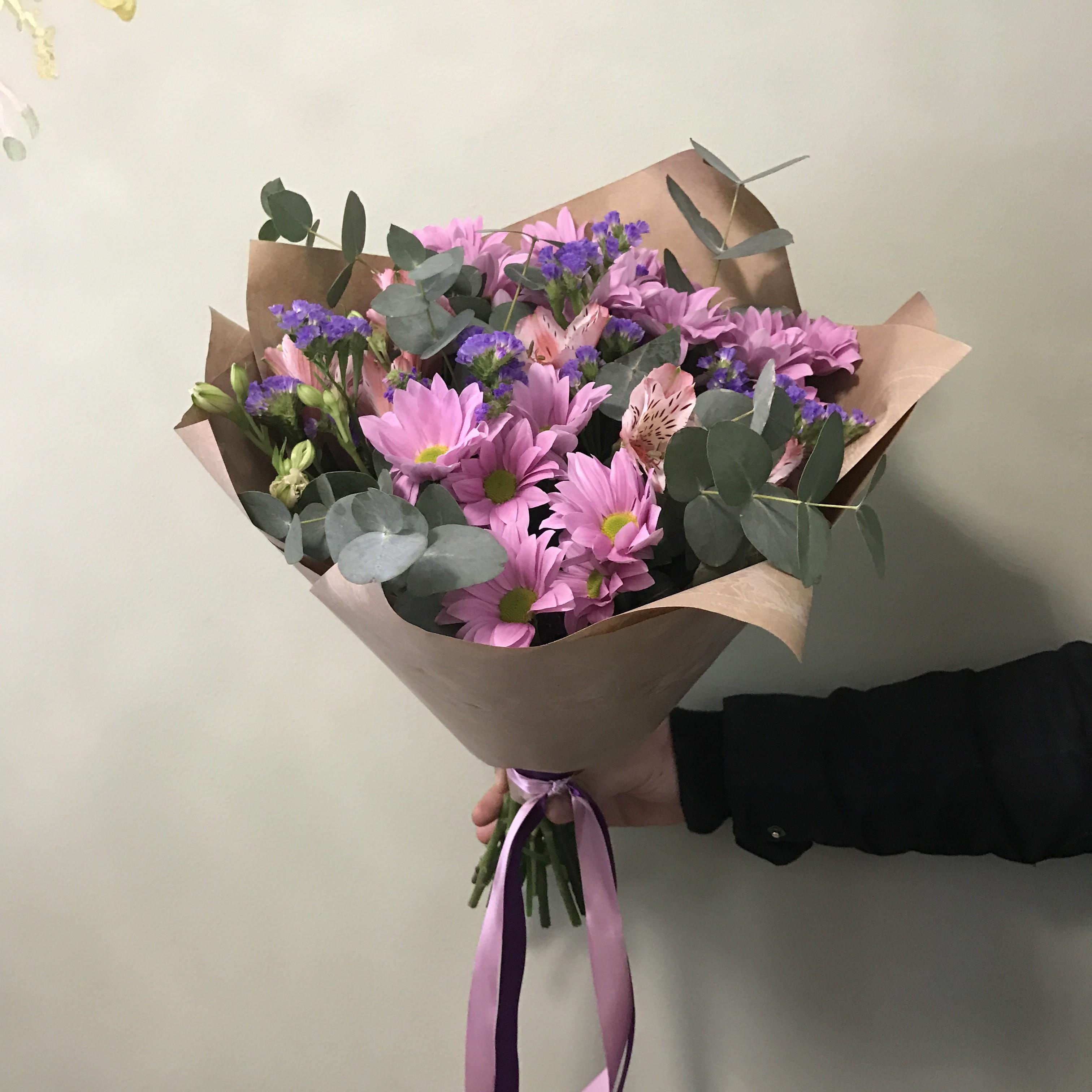 Профессиональные букет из цветы маленькие